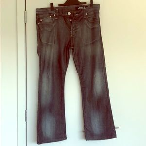 Rock & Republic distressed jeans